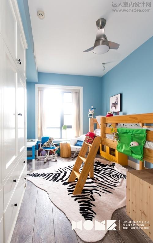 设计师与业主觉得给孩子的空间最重要的就是要有启发性和创造力,所以他们给房间的布置除了温馨可爱,还渗透 ...