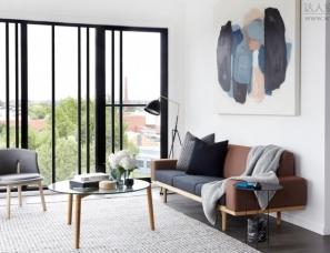 mim design--Graphite Apartment