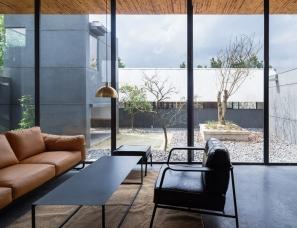 小写建筑设计--雨宅 – 木匠的家