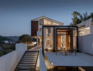 杭州时上建筑空间设计--鱼缸·花田美宿