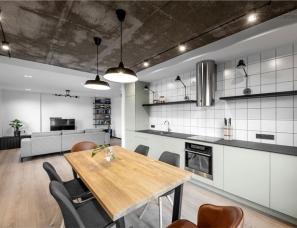 InCaprice--工业元素的开放式家居
