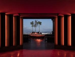 TSAKHI设计--Red Manera – SKYBAR夜间俱乐部+寿司餐厅