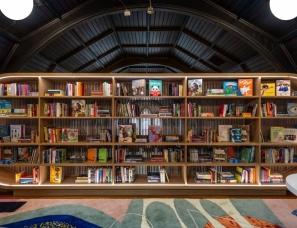 MKCA--色彩斑斓的小型儿童图书馆