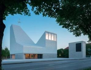 Meck Architects--Seliger Pater Rupert Mayer教堂