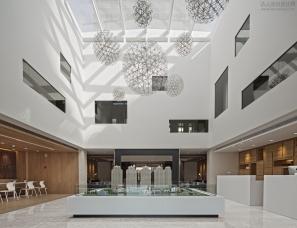 深圳朴悦设计--上海御澜山销售中心