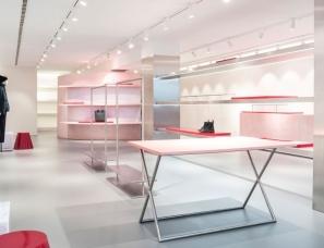 Pensando en Blanco--西班牙两家醒目大胆的时装店
