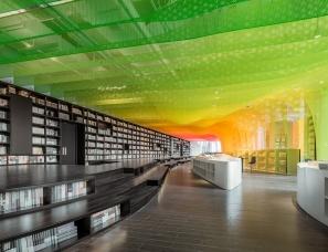 Wutopia lab 设计--金属彩虹里的书店 苏州钟书阁