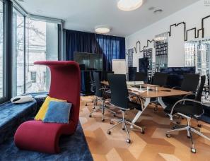 Morphoza--罗马尼亚全球房地产咨询公司CBRE办公室